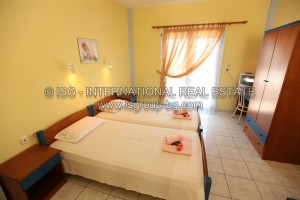 watermarked_12_hotel_double_room_2.jpg