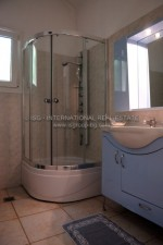 watermarked_groundfloor_bathroom_1.jpg