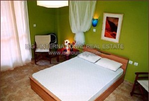 watermarked_rooms_bedroom_01_0.jpg