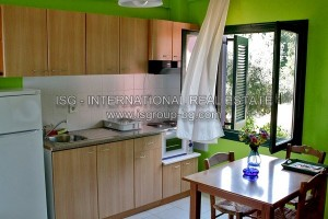 watermarked_rooms_c_kitchen_no_035.jpg
